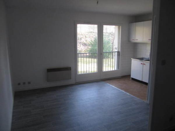 Location appartement Baulne 451€ CC - Photo 2
