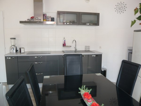 Rental apartment Cremieu 547€ CC - Picture 4