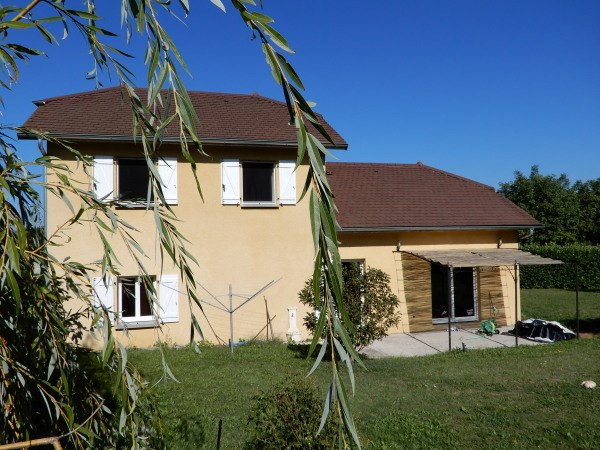 Location maison / villa Veyrins thuellin 850€ CC - Photo 1