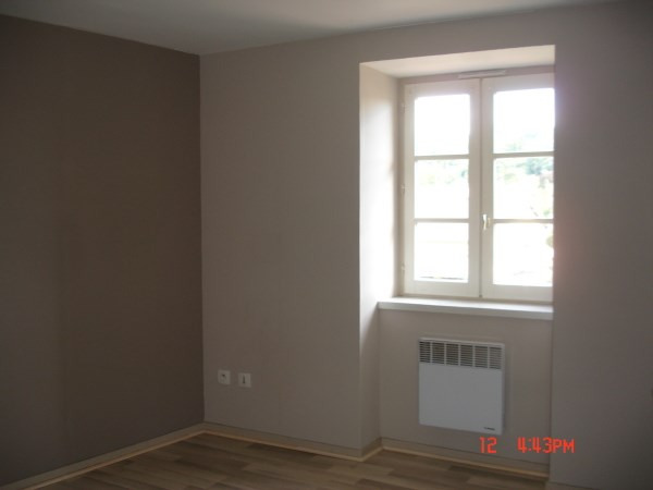 Location appartement Cremieu 440€ CC - Photo 3