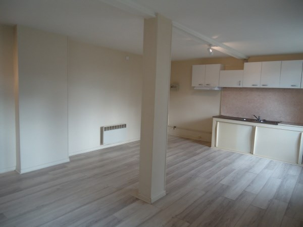 Location appartement Loyettes 420€ CC - Photo 2