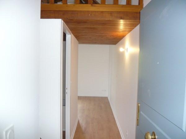 Rental apartment Cremieu 466€ CC - Picture 3