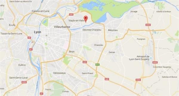 Vente Local d'activités / Entrepôt Vaulx-en-Velin 0