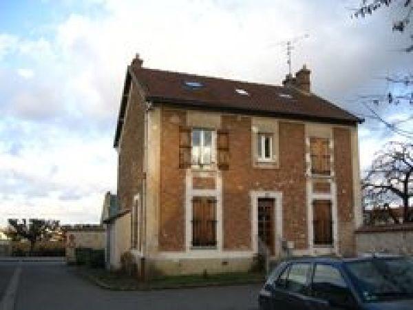 Location appartement Ballancourt sur essonne 900€ CC - Photo 1