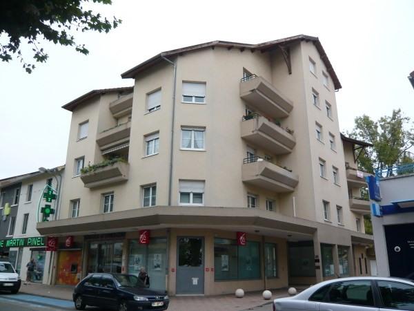 Rental apartment Pont de cheruy 553€ CC - Picture 1