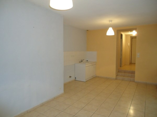 Rental apartment Cerdon 365€ CC - Picture 2