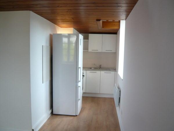 Rental apartment Cremieu 466€ CC - Picture 2