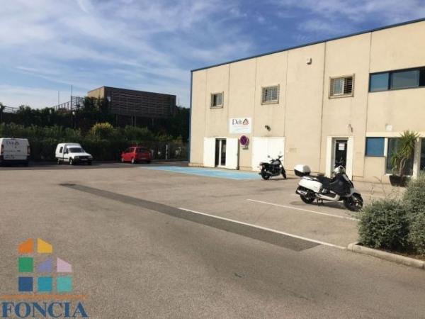 Location Local commercial Marseille 16ème 0