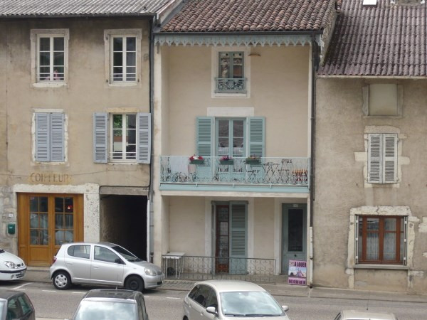 Location appartement Ambronay 358€ CC - Photo 1
