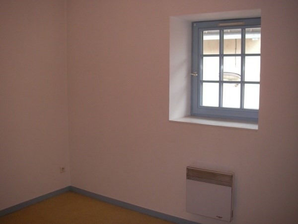 Rental apartment Ambronay 385€ CC - Picture 5