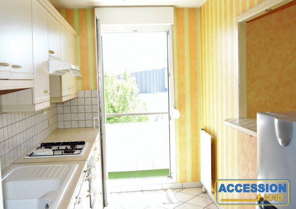 T3 Toison/Ch. De Gaulle Séjour 20 M² + Cuisine sur Gd Balcon SUD