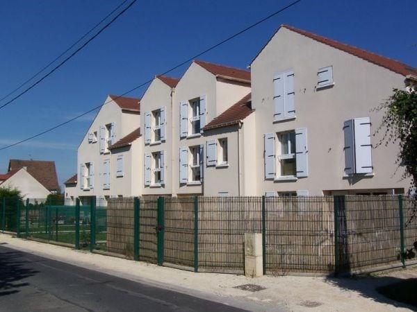 Rental apartment Leudeville 660€ CC - Picture 1