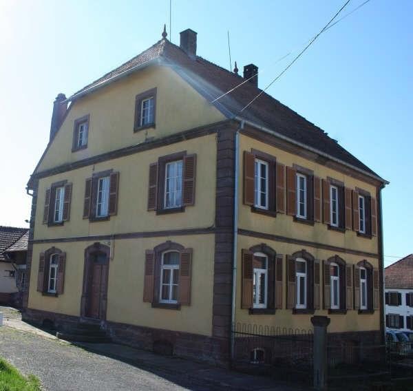 Sale house / villa Bust 213000€ - Picture 2
