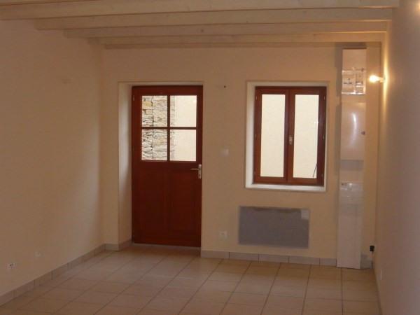 Location maison / villa Hieres sur amby 452€ CC - Photo 2