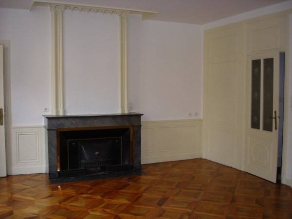 Location appartement Bourgoin jallieu 860€ CC - Photo 2
