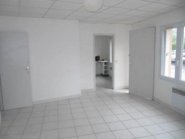 Location appartement Janville sur juine 730€ CC - Photo 2