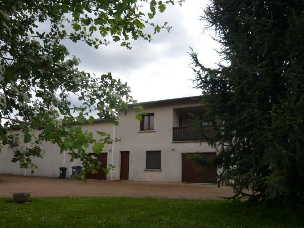 Location appartement Chozeau 630€ CC - Photo 1