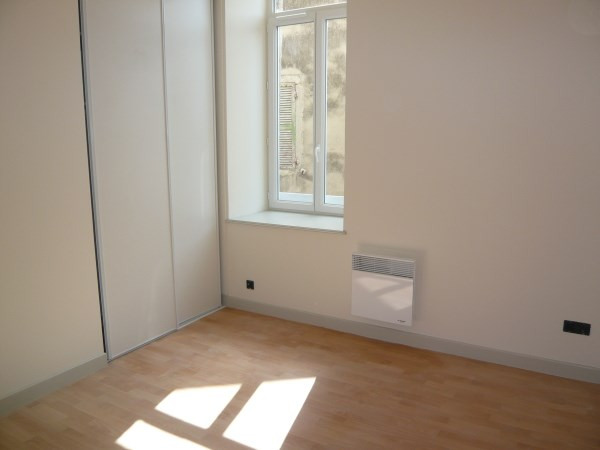 Rental apartment Trept 469€ CC - Picture 4