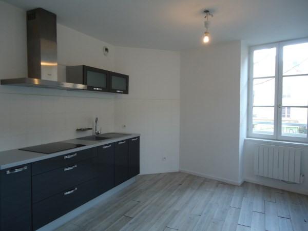 Location appartement Cremieu 547€ CC - Photo 1