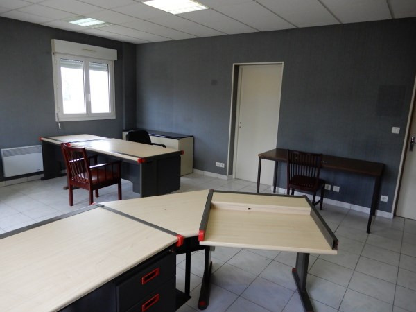 Location local commercial La balme les grottes 1 000€ CC - Photo 3