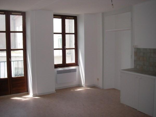 Rental apartment Montalieu vercieu 250€ CC - Picture 2