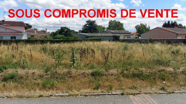 Vente terrain Roques 180 000€ - Photo 1