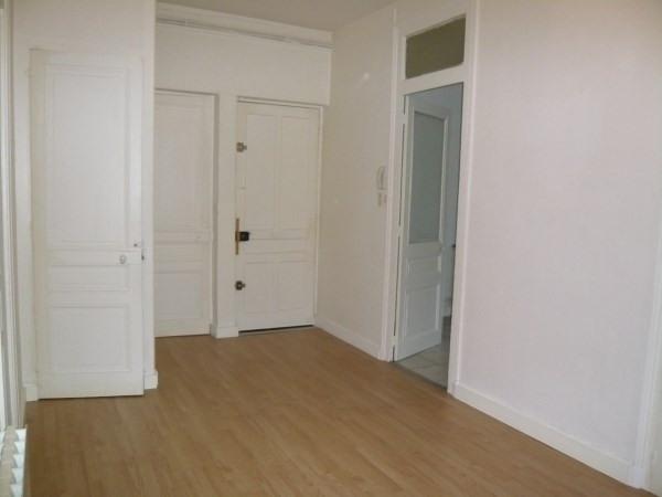 Rental apartment Pont de cheruy 650€ CC - Picture 3