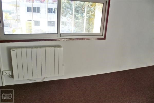 Rental empty room/storage Neuville sur saone 470€ CC - Picture 3