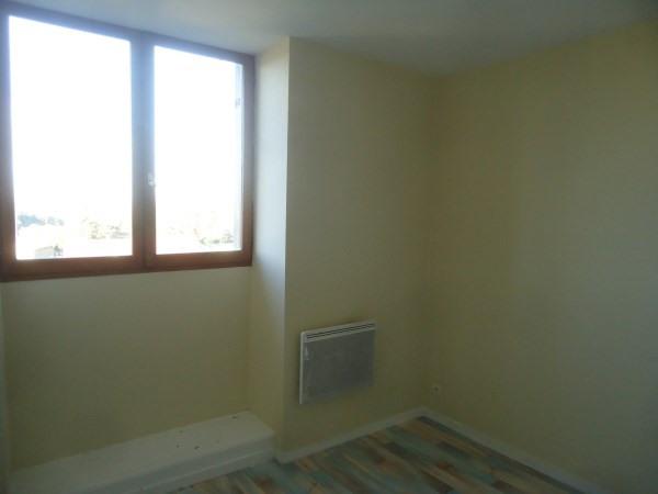 Location appartement Leyrieu 320€ CC - Photo 3