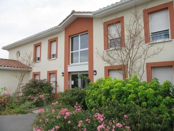 Rental apartment Labastidette 600€ CC - Picture 1
