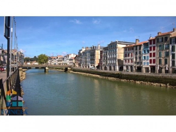 Vente Local commercial Bayonne 0