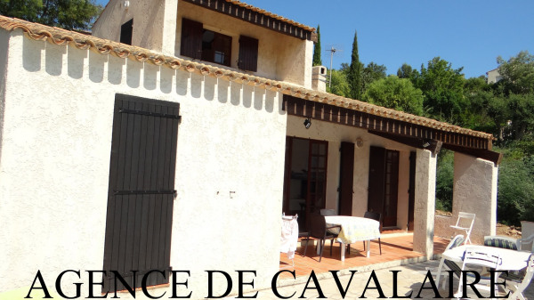 Villa T 4 au Rayol Canadel avec vue mer