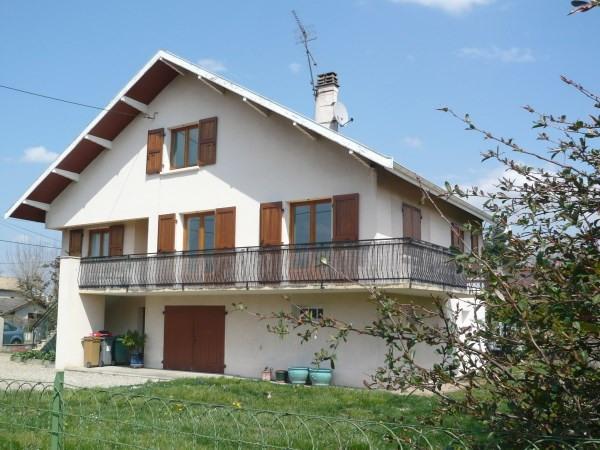 Rental house / villa La verpilliere 995€ CC - Picture 1
