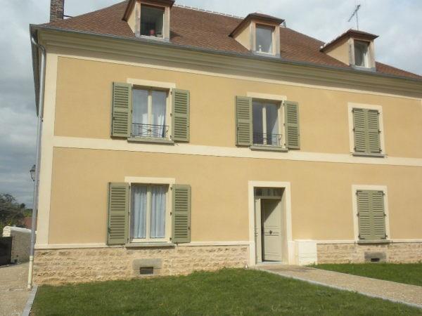 Rental apartment Bouray sur juine 755€ CC - Picture 1