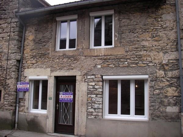 Rental house / villa Serrieres de briord 425€ CC - Picture 1