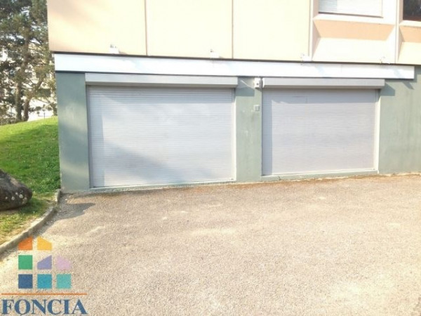Location Local commercial Ferney-Voltaire 0