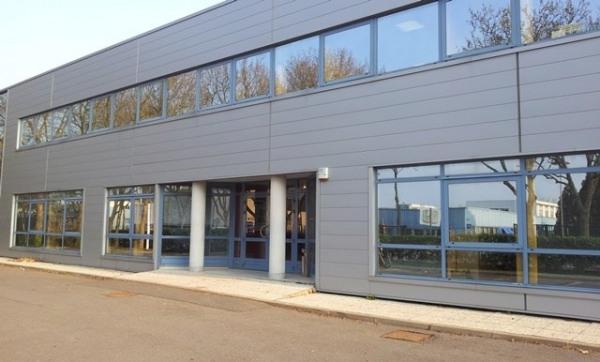 Location Local d'activités / Entrepôt Le Plessis-Robinson 0