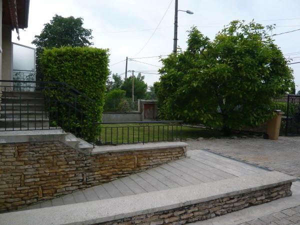 Rental house / villa Hieres sur amby 755€ CC - Picture 2