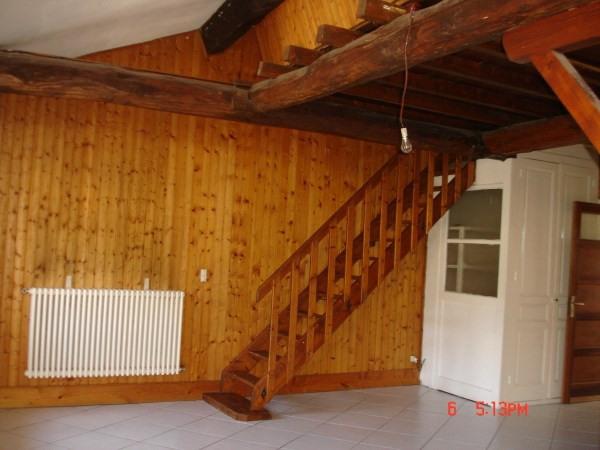Location appartement Chamagnieu 750€ CC - Photo 3