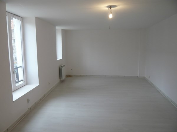 Rental apartment Cremieu 590€ CC - Picture 3