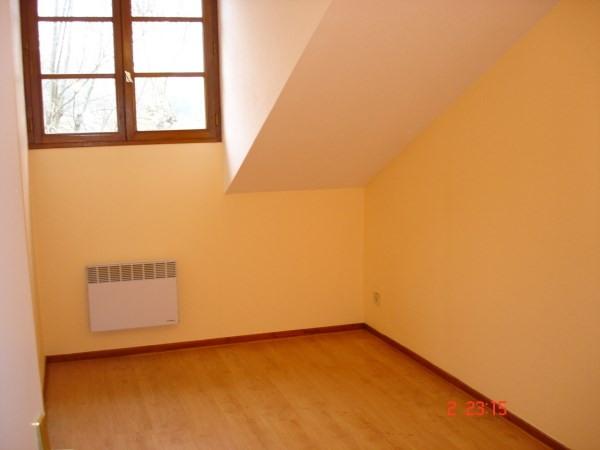 Rental apartment Cremieu 651€ CC - Picture 4