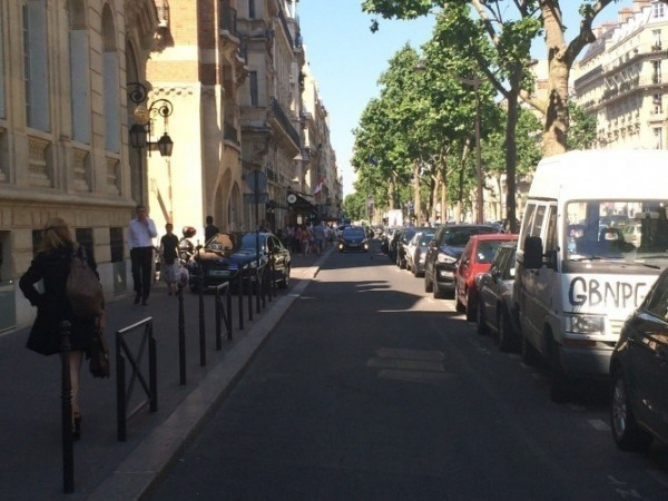Location Boutique Paris 16ème 0