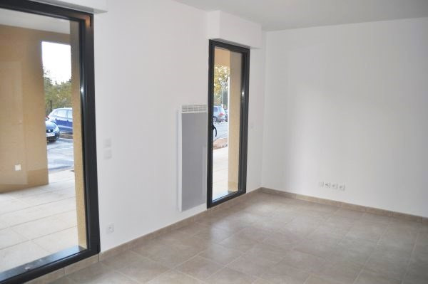 Rental apartment Aix-en-provence 765€ CC - Picture 2