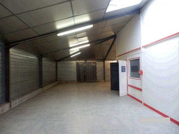 Location Local d'activités / Entrepôt Saint-Jean-de-Linières 0
