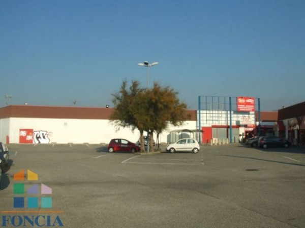 Vente Local commercial Bourg-lès-Valence 0