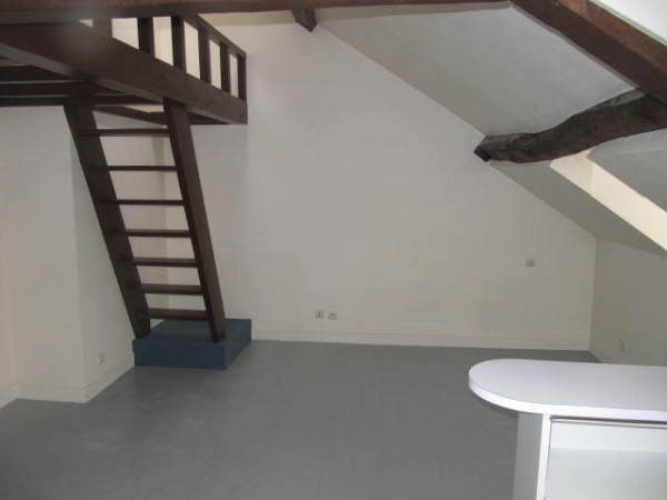 Location appartement Chamarande 450€ CC - Photo 2