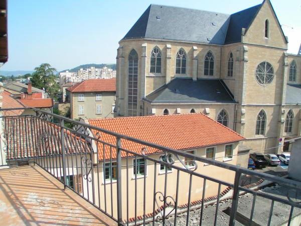 Rental apartment Bourgoin jallieu 435€ CC - Picture 2