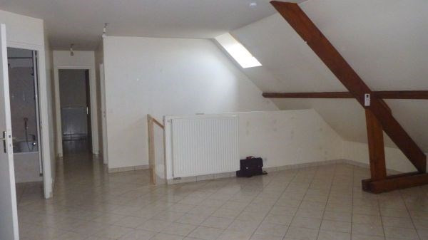 Location appartement Bouray sur juine 718€ CC - Photo 2