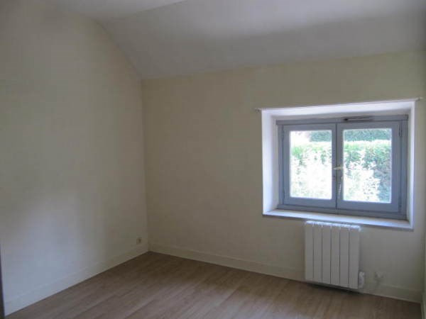 Location appartement Janville sur juine 645€ CC - Photo 2