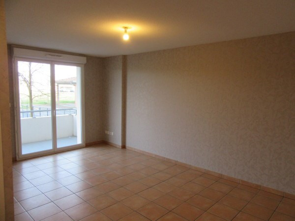 Rental apartment Salvetat saint gilles 486€ CC - Picture 2